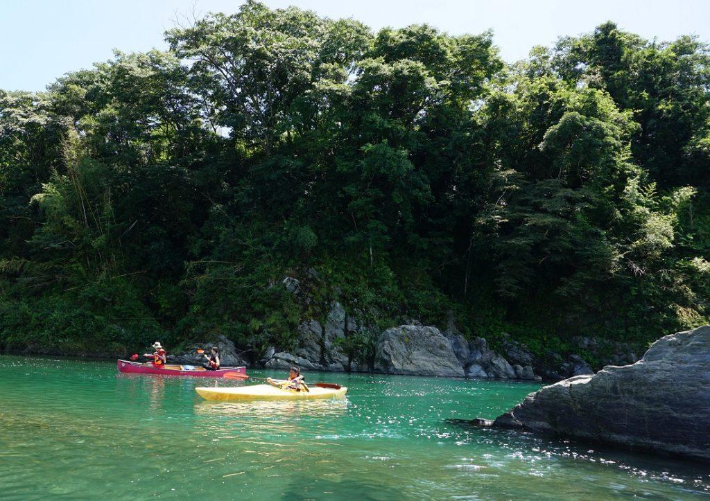 三重県に来るなら、カヌー・カヤック体験ツアーの宮川下りもお楽しみ下さい