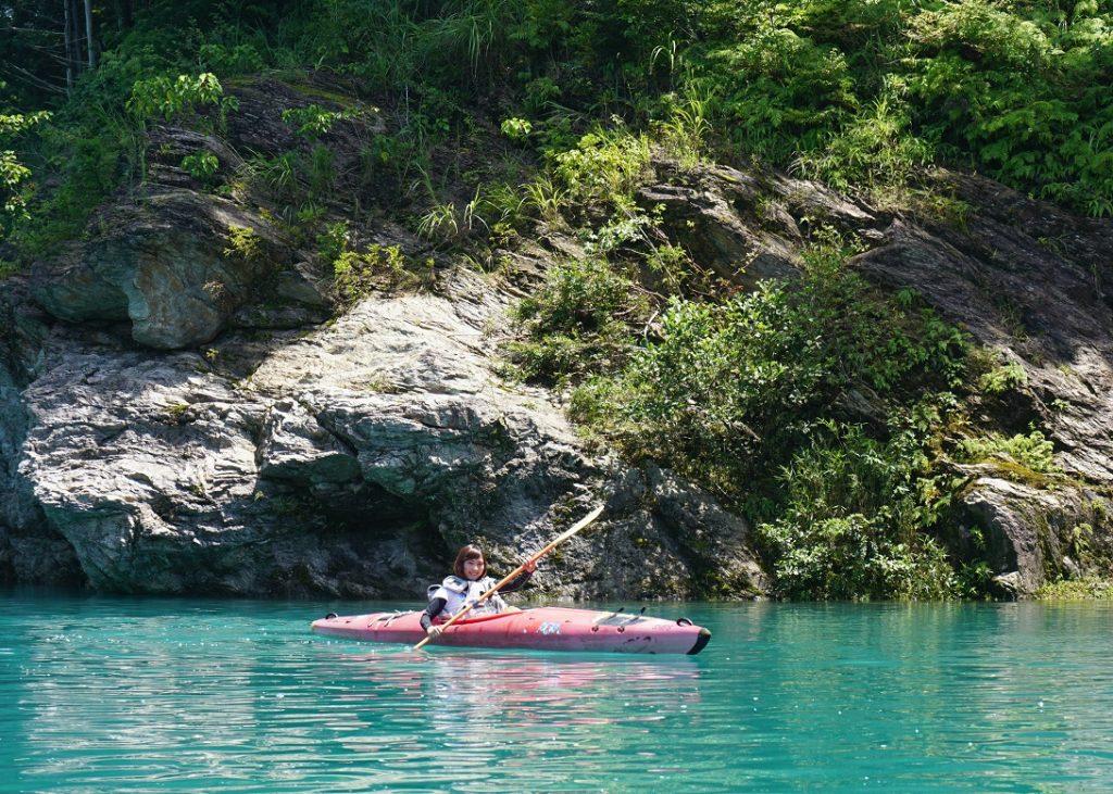 初めてのカヌー・カヤック遊びは、三重県のエクセ カヌーツアーズ 伊勢志摩店 体験ツアーでしよう